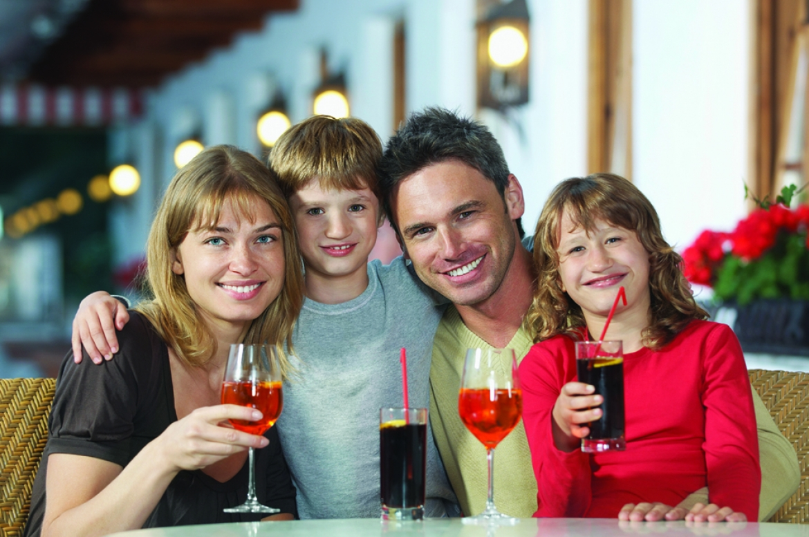 Tips for a successful family night out | Davis Custom Cabinets